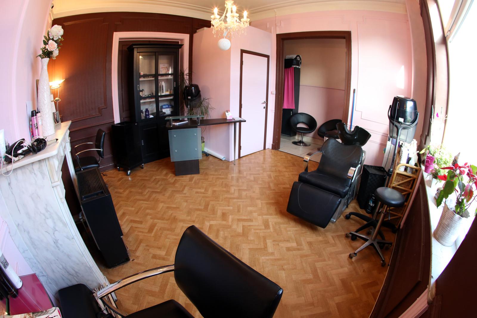 Salon de coiffure dans le 93 coiffures la mode de la for Salon a la mode